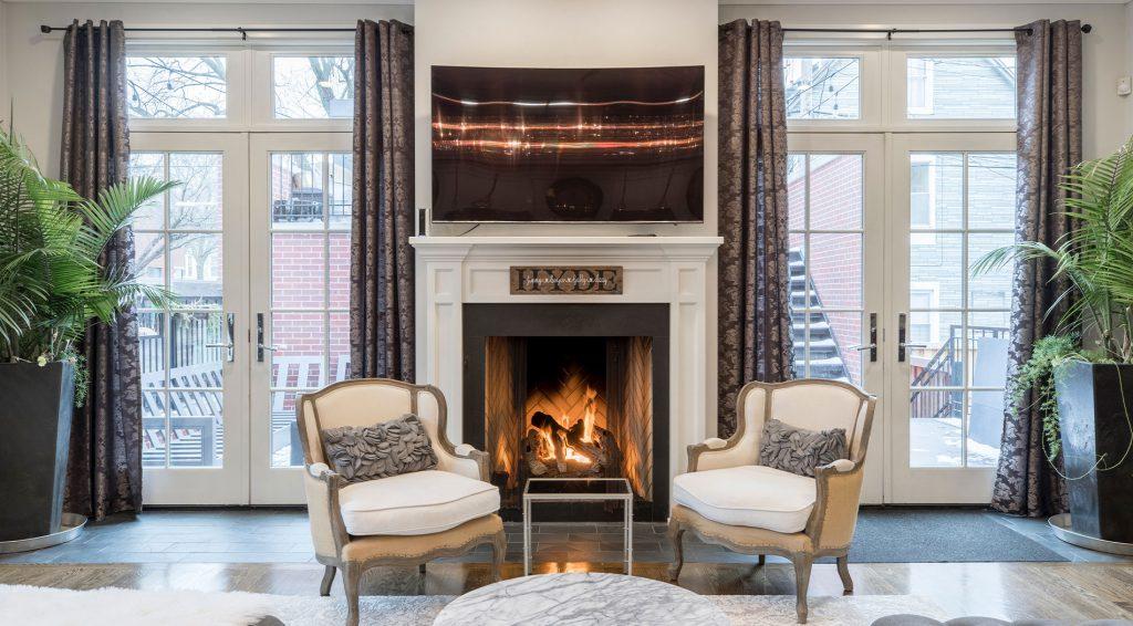 A nappaliban a természetes világítás tudja a meleg hangulatot legjobban tükrözni