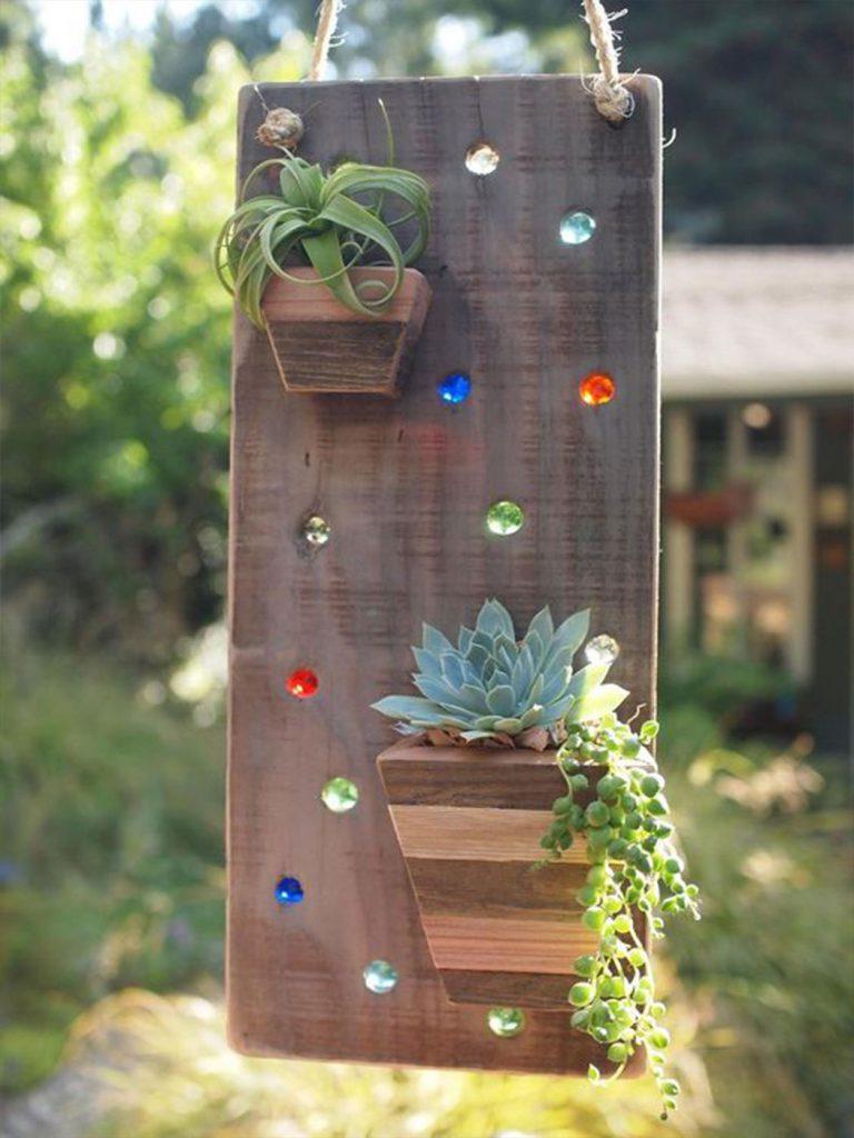 üveggolyók a fában